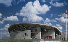 Peineta-Estadio-Atletismo-Madrid_Design-exterior-perfil-paisaje-voladizo_Cruz-y-Ortiz-Arquitectos_DMA_09-X