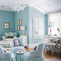 Blue room | Shabby chic bedrooms, Pretty furniture, Shabby chic decor