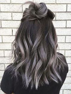 Hair Color Highlights, Ombre Hair Color, Hair Color Balayage, Cool Hair Color, Purple Hair, Dark Hair Colours, Brown Hair With Silver Highlights, Dark Grey Hair Color, Gray Balayage