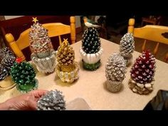 Beautiful Pine cone Christmas decorations with stand.. Link download: http://www.getlinkyoutube.com/watch?v=dtwxw0GYI7s