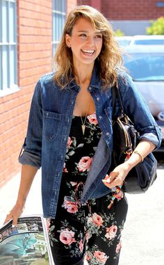 Jessica Alba can't help but smile in this adorable denim and floral ensemble!