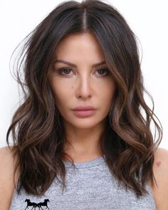 50 Dark Brown Hair With Highlights Ideas For 2019 Hair Adviser- hairlook hairst. - 50 Dark Brown Hair With Highlights Ideas For 2019 Hair Adviser- hairlook hairstyles dark hairlook - Medium Hair Styles, Curly Hair Styles, Brown Hair Balayage, Brown Lob Hair, Dark Brown Hairstyles, Short Balayage, Brown Hair Inspo, Pretty Brown Hair, Beautiful Brown Hair