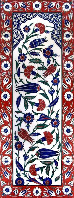 -Must be Turkish tiles (those tulips and design), right @michellesimonne? Islamic Patterns, Tile Patterns, Textures Patterns, Pottery Patterns, Turkish Tiles, Turkish Art, Islamic Tiles, Islamic Art, Tile Murals