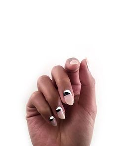 Try these easy-to-master minimal nail art designs | mod colorblocking