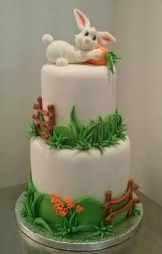 Rosangela Marinho Alves Cake Cookies, Cupcake Cakes, Two Tier Cake, French Cake, Animal Cakes, Biscuits, Sugar Craft, Holiday Cakes, Cookie Designs