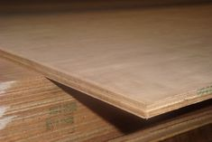 18 Types of Plywood (2021! Buying Guide) - Home Stratosphere Types Of Plywood, Marine Plywood, Unique Woodworking, Butcher Block Cutting Board, Wood Species, Wood Crafts, Interior, Projects, Ply Wood