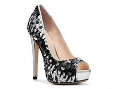 Boutique 9 Cary Platform Pump