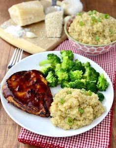 Creamy Parmesan-Garlic Quinoa #sidedish @IowaGirlEats | iowagirleats.com