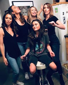 The 100 women ❤️ The 100 Cast, The 100 Show, It Cast, Avgeropoulos Marie, The 100 Poster, 100 Memes, The 100 Clexa, Alycia Debnam Carey, Bellarke