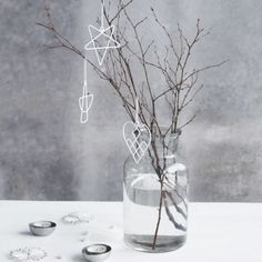 Christmas, wire ornaments on a Christmas tree or a window. They create original mood of holidays to choose angel, heart or star.  Nothing like enjoying a beautiful Christmas tree!  styl skandynawski sklep https://www.whitehousedesign.pl/ozdoba-choinkowa-House-Doctor