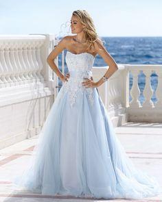 Al in de zomerstemming? Dat lukt wel met deze prachtige jurk van @ladybirdbridal! #wedding #bride #weddingdresses #weddingdress #weddingdressshopping #weddingdressshop #bridal #bridalshower #bridalmakeup #bridalhair #bridalgown #bridalbeauty #beauty #dress #fashion #bridalfashion #trend #weddingtrend #bridetobe #trouwen #trouwerij #bruid #bruidegom #love #liefde #inspiratie #bruiloft by coverscoutureutrecht