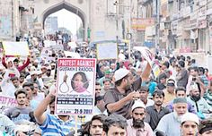Hyderabad: Sunni United Forum took out a massive rally from Qadri Chaman which went to DCP office, Purani Haveli, the Old City of Hyderabad where a written complaint was registered against a woman of Gujarat under the charges of blasphemy against Prophet Mohammed (PBUH). The rally was led by Maulana Aulia Husaini Murtuza Pasha. Many …