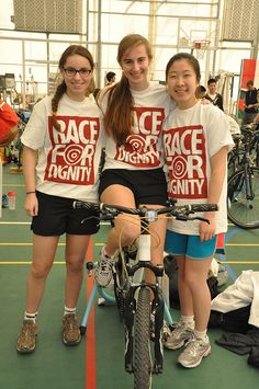 Students participate in the 2013 Race for Dignity in support of Dignitas International