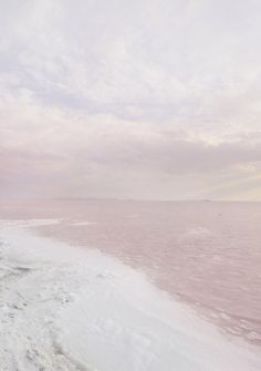 Pink ocean meets sky