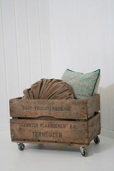 I have one of these crates. Have never figured out where to put it. Love it on casters. Old Crates, Wooden Crates, Wooden Boxes, Wine Crates, Pillow Storage, Blanket Storage, Tv Storage, Record Storage, Storage Ideas