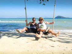Sailing Thailand.  Yahoo, we're back ..... !!