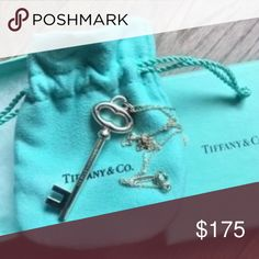 """Tiffany & Co Sterling Silver Large Oval Key TIFFANY & CO  925 STERLING SILVER LARGE KEY CHARM NECKLACE Key measures 2.1/4""""  Chain Length 18"""" In Excellent Pre-Owned Condition. Tiffany & Co. Jewelry Necklaces"""