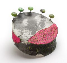 """Myung Urso - """"Korea"""" (2008). Brooch. Silk, thread, oriental ink, lacquer, chrysophrase, sterling silver."""