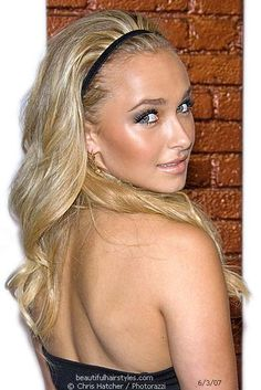 Google Image Result for http://www.beautifulhairstyles.com/2007/pictures/070603haydenpanettiere.jpg