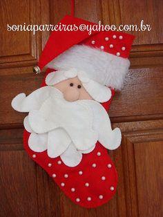 MEIA PAPAI NOEL                                                       … Christmas Sewing, Rustic Christmas, Christmas Projects, Kids Christmas, Handmade Christmas, Snowman Christmas Decorations, Felt Christmas Ornaments, Christmas Stockings, Santa Crafts