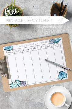I'm a sucker for lists. They relax me since I don't have to worry I'll forget something. Write down each day's tasks on this free printable weekly planner.