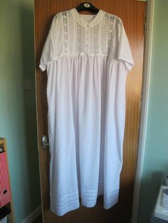 1afac85d31 Victorian style cotton Broderie Anglais nightdress 24 26