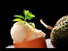 Helado de guanábana. Delicioso helado hecho con fruta natural de temporada.