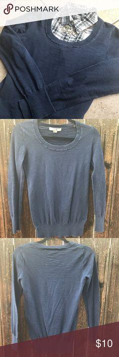 Forever 21 navy blue sweatshirt Mildly worn, neck is worn Forever 21 Sweaters Crew & Scoop Necks
