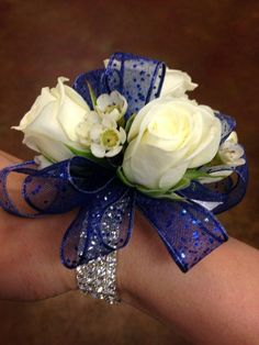 1000+ ideas about Wrist Corsage on Pinterest | Prom Corsage, Prom Flowers and Boutonnieres