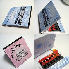 Tarjeta de visita para profesiones relacionadas con diseño con con el fuego. #tarjetas #visita #fuego #cerillas #diseño