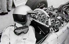 The 1965 Honda RA272 — 95 Customs R.Ginther