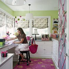 Love this craft room