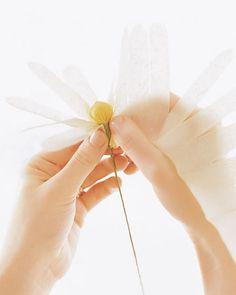 Flores de papel crepom no blog Detalhes Magicos 14