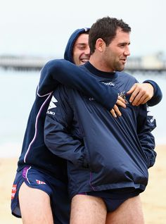 Cameron Smith Photos - Cameron Smith and Cooper Cronk of the Strom fool around during a Melbourne Storm recovery session at St Kilda Sea Baths on September 2012 in Melbourne, Australia. Rugby League, Rugby Players, Cameron Smith, Rugby Men, Scruffy Men, Hunks Men, Hard Men, Beefy Men, Straight Guys