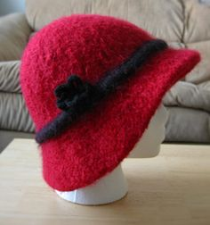 felted knitting paterns | ... with this felted cloche hat knit in the round this piece uses short