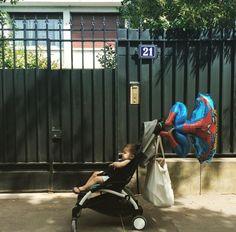 Spiderman taking care of my YOYO and I @audenozenfants #BABYZENYOYO www.babyzen.com