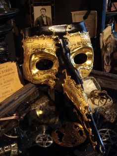Black and Gold Plague Mask.