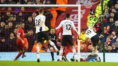Wayne Rooney anotó un golazo que le dio el triunfo a Man United sobre Liverpool. January 17, 2016.