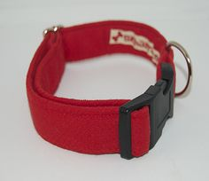 collar ret rojo