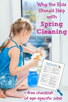 Get the kids to pitch in this year with this free printable cleaning list age-appropriate jobs they can do! Chore List For Kids, Age Appropriate Chores For Kids, Cleaning Hacks, Cleaning Lists, Cleaning Schedules, Speed Cleaning, Weekly Cleaning, Cleaning Quotes, Spring Cleaning Checklist