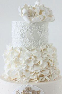 Perfect white wedding cake