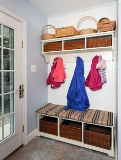 22 Attractive and Functional Mudroom Designs