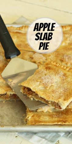 Apple Slab Pie recipe from RecipeGirl.com #apple #slab #pie #recipe #RecipeGirl Healthy Recipes On A Budget, Healthy Meals For Two, Healthy Eating Recipes, Easy Desserts, Dessert Recipes, Apple Slab Pie, Apple Pie Recipes, Fall Recipes, Blog Food