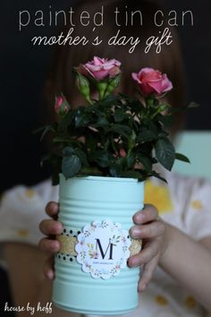 DIY Gifts for Mom - Painted Tin Can - Best Craft Projects and Gift Ideas You Can Make for Your Mother - Last Minute Presents for Birthday and Christmas - Creative Photo Projects, Bath Ideas, Gift Baskets and Thoughtful Things to Give Mothers and Moms http://diyjoy.com/diy-gifts-for-mom