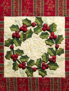 Wreath Quilt for Christmas. I really love the leaves and berries on this little quilt. by echkbet Christmas Patchwork, Christmas Blocks, Christmas Quilt Patterns, Christmas Applique, Christmas Sewing, Christmas Projects, Christmas Wreaths, Christmas Decorations, Christmas Ornaments