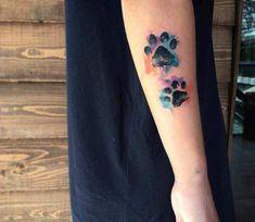 Dog Paw tattoo by Kenlar Tattoo Tattoo ideen Dog Tattoos, Animal Tattoos, Cute Tattoos, Body Art Tattoos, Dog Pawprint Tattoo, Tattoo Aquarelle, Aquarell Tattoos, Watercolor Tattoo, Dog Memorial Tattoos