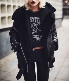 Erghhh meeer god... All I want is the perfect shearling jacket  why can't I find the one I want in my head... anywhere ✋