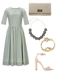 Look de invitada de boda por menos de 300 euros http://www.marie-claire.es/moda/bodas/articulo/look-de-invitada-de-boda-low-cost-por-menos-de-300-euros-421392295487