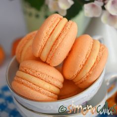 simonacallas - Desserts, sweets and other treats Macarons, Love Chocolate, Sweet Cakes, Cookie Desserts, Sweets Recipes, Cake Cookies, Hot Dog Buns, Caramel, Cheesecake
