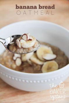 banana bread oatmeal // the baker upstairs http://www.thebakerupstairs.com